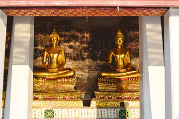 Two Buddha statue, Thai style.