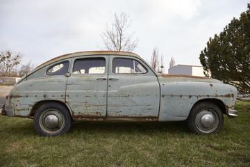 Altes verrostetes Auto