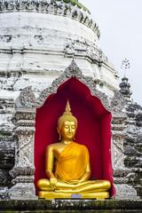 Buddha am Tempel in Thailand