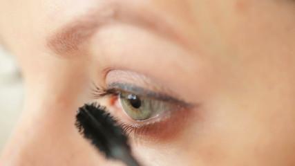 Eye make-up closeup - eyepencil and mascara