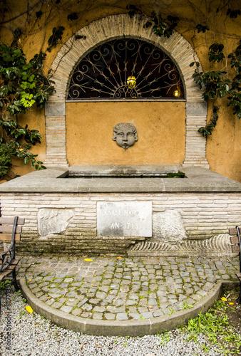 Leinwanddruck Bild Fontana Casale Marchese Frascati (Roma)