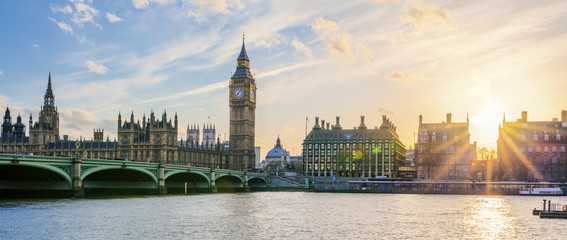 Panoramic view of Big Ben clock tower in London at sunset