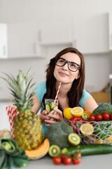 frau ernährt sich gesund