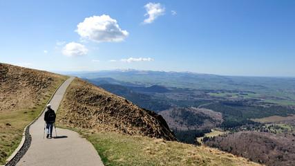 Marche en solitaire, sommet du Puy de Dôme