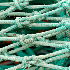 Fishing net knot details