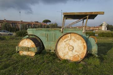 machine to pave disused