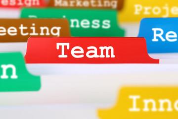 Team oder Teamwork Text im Büro Register auf Business Dokumente