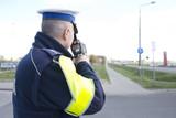 Policjant z radarem