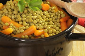 casserole de petits pois et carottes 23042015
