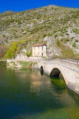 Ponte sul lago di San Domenico