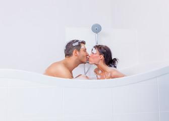bathtube couple