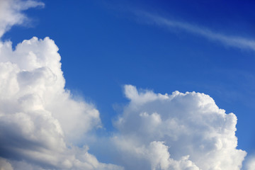 Nice clouds in sky