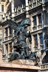 Sockelfigur der Mariensäule | München