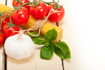 Italian basic pasta ingredients