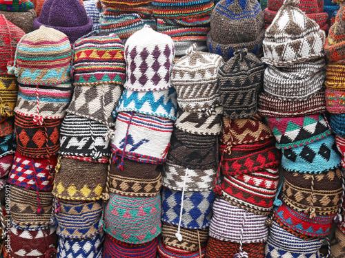 Valokuva crocheted bonnets - gehäkelte Mützen