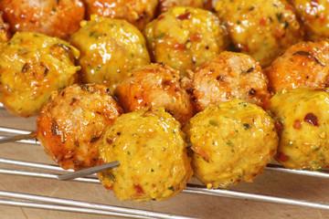 brochettes de boulettes de viande 24042015