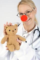 Klinik Clown mit Trostteddy