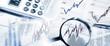 Leinwanddruck Bild - Börsenkurse mit Lupe und Taschenrechner