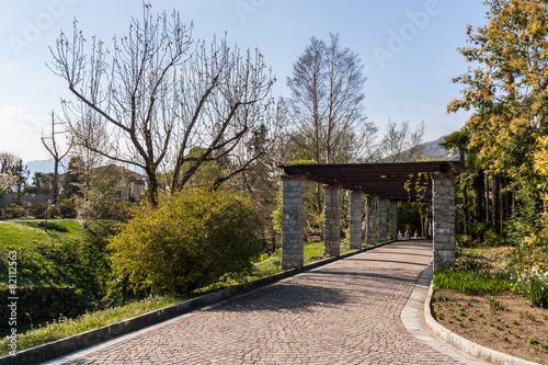 I giardini terrazzati villa taranto verbania piemonte for Giardini terrazzati immagini