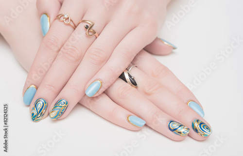 nails - 82124325