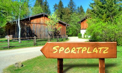 Strassenschild 32 - Sportplatz