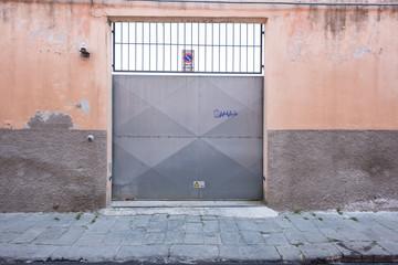Porta scorrevole ingresso