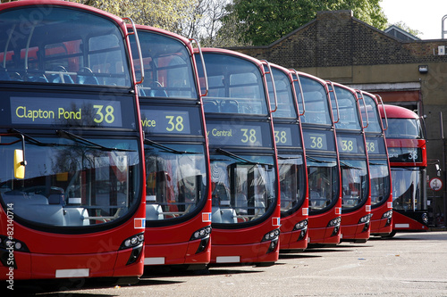 In de dag Londen rode bus Dobule Decker Buses line up