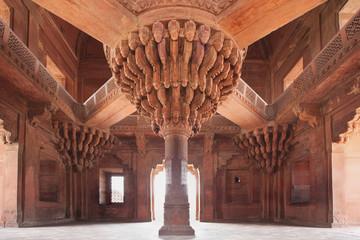Central pillar of Diwan-i-Khas, Fatehpur Sikri, India