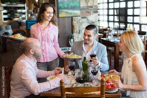 Vegetarians eating in a restaurant - 82150975
