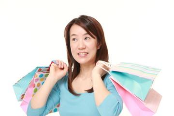 買い物が好きな女性