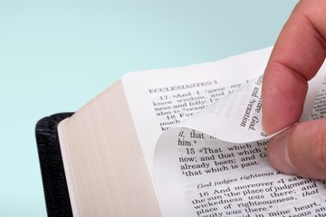 Bible. Turn The Page