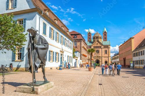 Leinwandbild Motiv Speyer Pilgerfigur und Dom