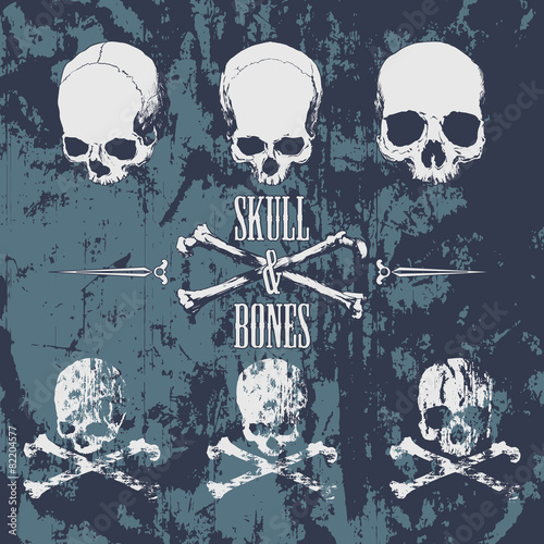 Skulls and cross bones on the grunge background - 82204577