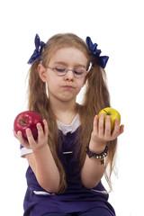 girl chooses apples