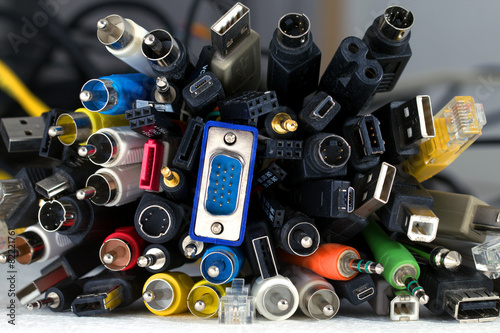 Many cables with different connectors - 82221761