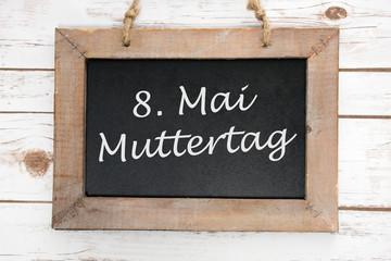 Kreidetafel mit dem Wort Muttertag