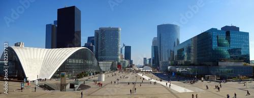 Quartier de la Défense en région parisienne - 82257733
