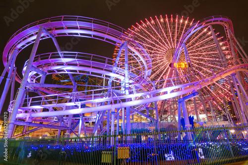 Tuinposter Japan 横浜・遊園地夜景