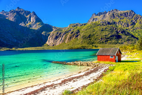 Staande foto Scandinavië Strand im Trollfjord