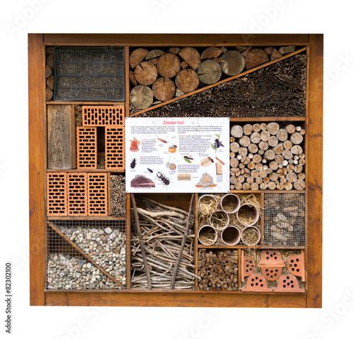 Tuinposter Bee Insektenhotel für Insekten und Käfer isoliert
