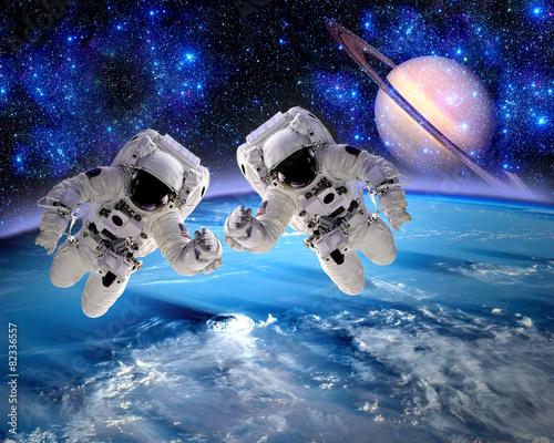 Astronaut Spaceman Team Work - 82336557