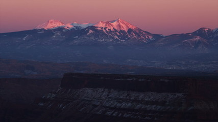 PAN WS Snowcapped mountains / Moab, Utah, USA