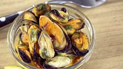Preserved Mussels (not loopable)