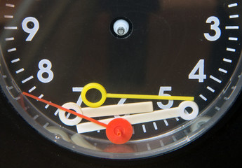 indicators of hours lying on the clock face