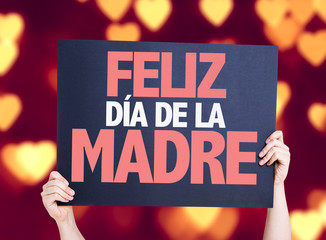 Happy Mothers Day (in Spanish) card with heart bokeh
