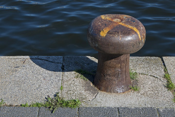 bollard rusty at a harbour