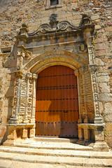 Iglesia de San Andrés, portada, Aljucén, Badajoz, España