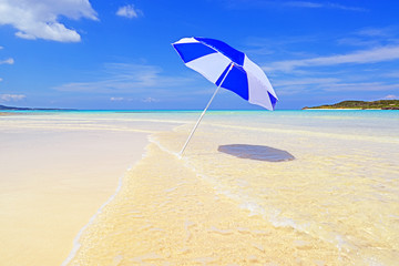 伊平屋島の美しいビーチ