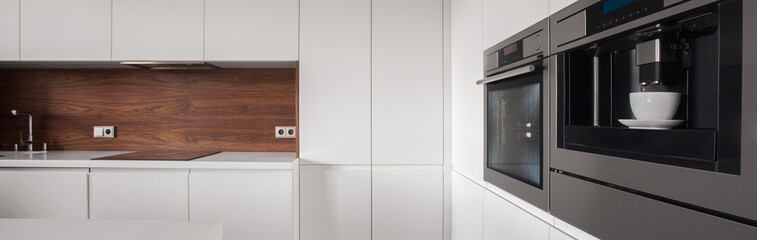 Kitchen housing unit
