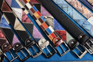 cintura accessorio abbigliamento